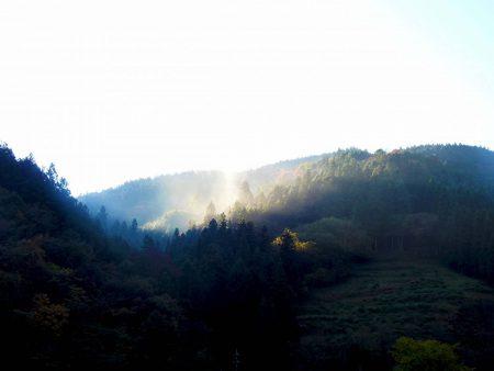 11月12日午前8時の山